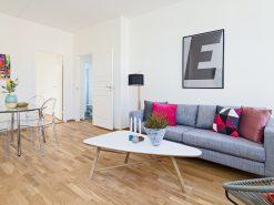 Interiørfoto fra leilighet, stue og spisestue