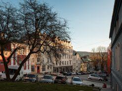 Gatebilde fra Bergen Sentrum, Korskirkeallmenningen