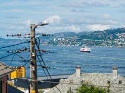 Utsiktsbilde fra Laksevåg, Hurtigruten på Byfjorden