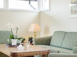 Sofa og salongbord, detaljbilde, boligfoto